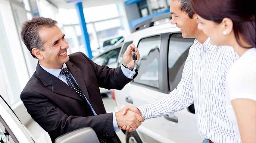 Покупаем в салоне новый автомобиль без первоначального взноса с оформлением кредита на авто.