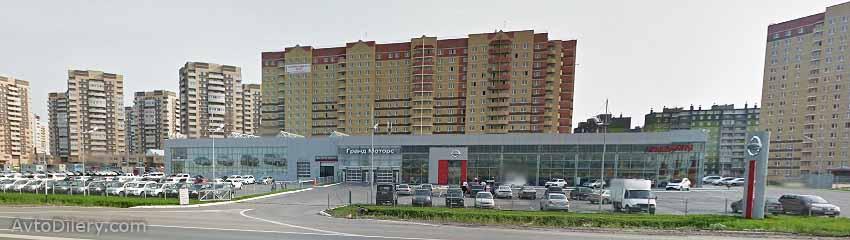 Автосалон Гранд Моторс Ниссан в Тюмени - Федюнинского, 69 - официальный дилер новых автомобилей Nissan