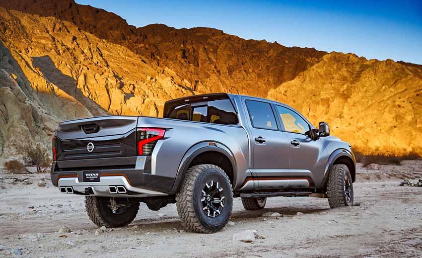 Вид сзади  концепткара Nissan Titan Warrior