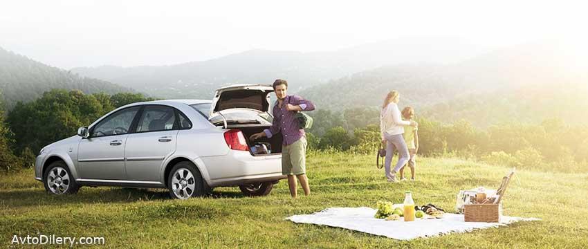 Поездка на пикник всей семьёй на автомобиле Ravon Gentra