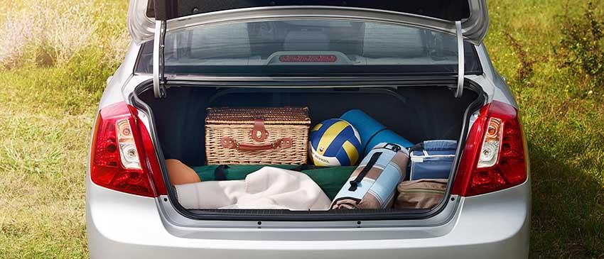 Открытый багажник нового Ravon Gentra
