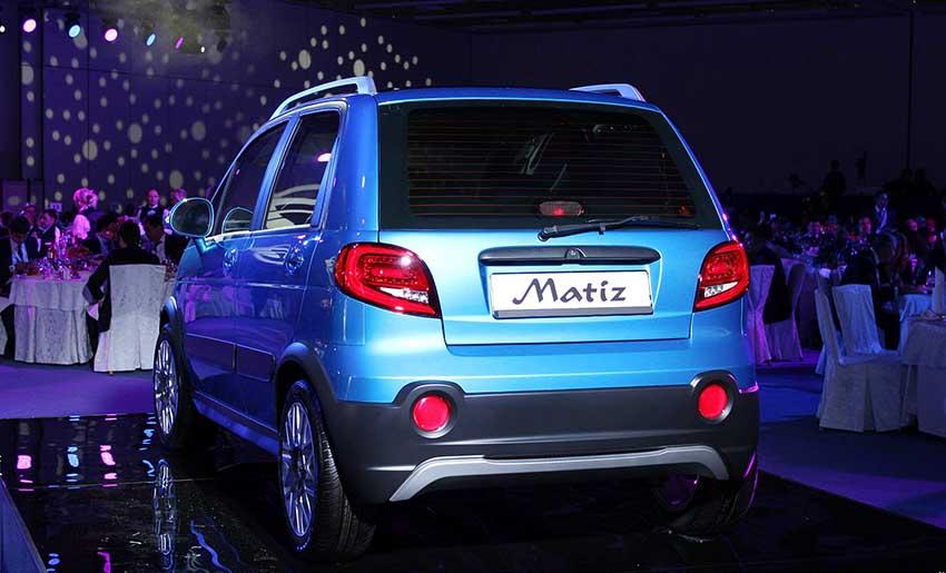 На фото новый Равон Матиз синего цвета - вид авто сзади